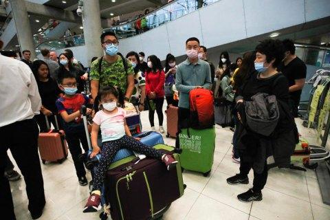 Российския авиакомпания отказалась брать на рейсы из Китая граждан других стран