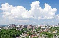 В среду в Киеве +26 и кратковременный дождь