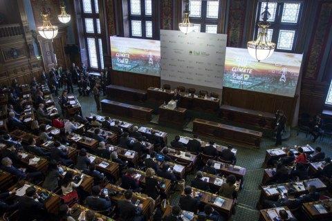 У Парижі схвалили проект угоди на заміну Кіотському протоколу