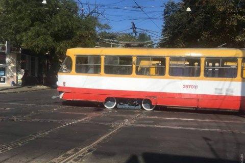 Трамвай сбил насмерть 90-летнюю женщину в центре Одессы
