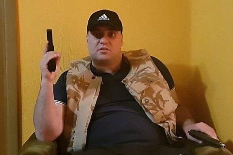 Полиция задержала в Николаеве мужчину, избившего на камеру ветерана АТО (обновлено)