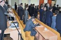 Против николаевского депутата возбудили дело за отказ встать во время гимна