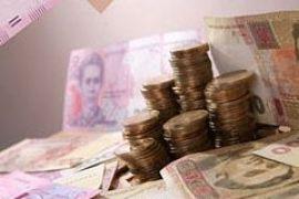 Азаров увеличил финансирование губернаторов