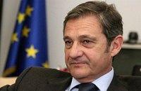 Тейшейра залишається послом в Україні до кінця літа, роз'яснили в ЄС
