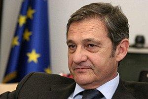 Евросоюз не спешит инвестировать в Украину, - Тейшейра