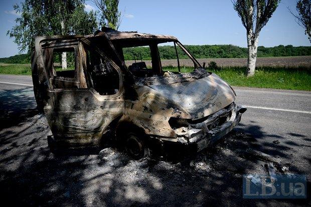 Сгоревший автобус в районе Святогорска