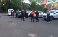 В Одессе со стрельбой пытались задержать грабителей, ранен полицейский