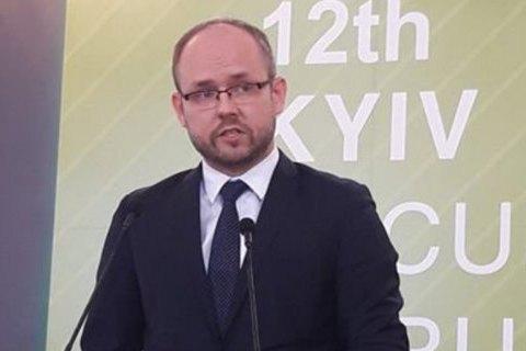 Польща чекає від України нового підходу у вирішенні питань історичної спадщини