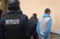 Харьковчанин в российской военной форме пытался поджечь банк