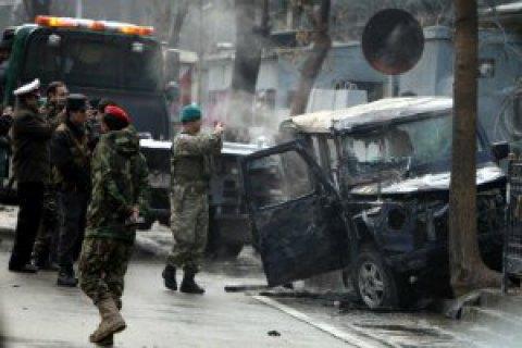 Під час вибуху біля афганської мечеті загинули 10 осіб
