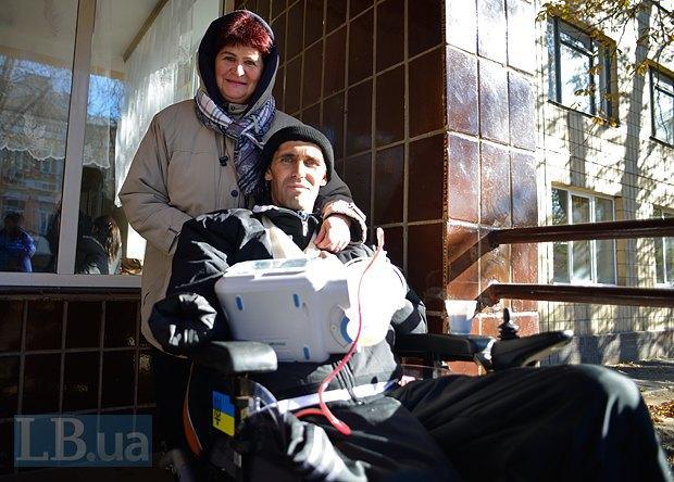 В лікарні - ми приїхали передати Буйновським гроші від читача