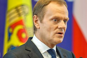 """Туск считает, что риск раскола Украины """"реален"""""""