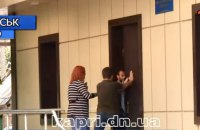 На скандальному окрузі у Донецькій області напали на журналістів, - НСЖУ