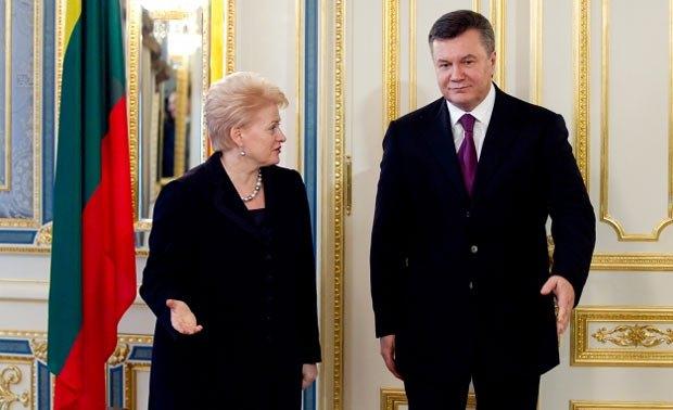 Даля Грибаускайте пригрозила Украине изоляцией
