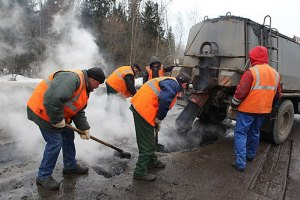 На ремонт дорог в Киеве потратят еще 12 млн грн