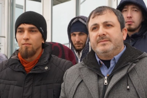 У Криму судять активіста за образу представника влади