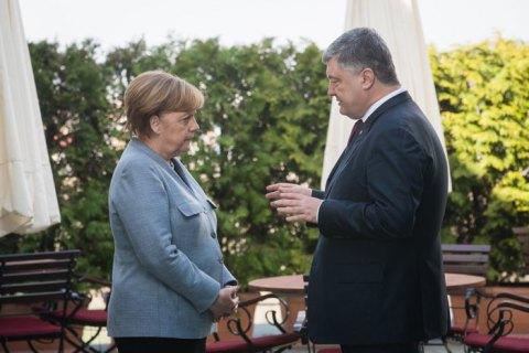 Названы дата иместо встречи Порошенко сМеркель иМакроном