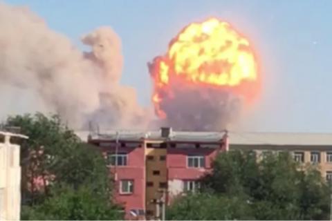 У Казахстані закінчили очищати вулиці від снарядів після пожежі у військовій частині