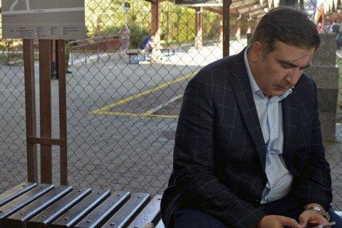 Михаил Саакашвили собрал репортеров вВаршаве, куда его накануне выдворили из столицы Украины