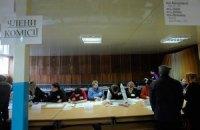 Розподіл голів деяких окружних виборчкомів викликає підозри