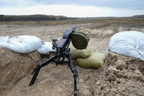 На Донбассе в результате обстрела ранен украинский военный