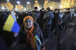 У Попова не против, чтобы на Майдане походили с оранжевыми ленточками