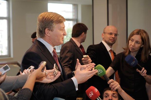 В этот раз Ринат Ахметов не стал бороться за государственный актив