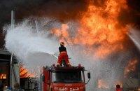 В порту Бейрута вспыхнул масштабный пожар, горит склад с нефтепродуктами и шинами