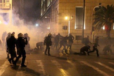 У кількох грецьких містах відбулися сутички анархістів із поліцією
