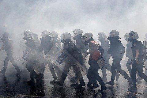 В Анкарі поліція розігнала мітинг проти розширення повноважень Ердогана