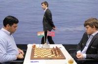 "Шахматы. Ананд и Карлсен расписали ""мировые"""