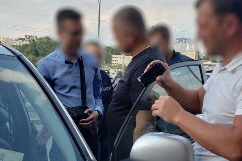 Начальника Полтавской таможни задержали по подозрению в получении $4 тыс. взятки