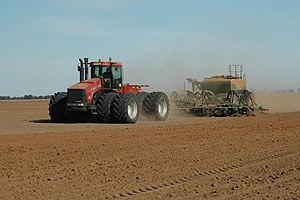 Аграриям не хватает денег на посевную