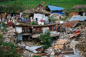 Кількість жертв землетрусу в Непалі перевищила 7 тисяч осіб