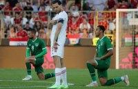 У матчі Угорщина - Ірландія глядачі освистали ірландських футболістів, які опустилися на коліно
