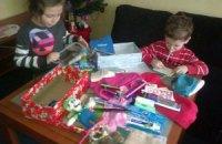 Под видом подарков на главной елке страны продавали гуманитарную помощь для сирот