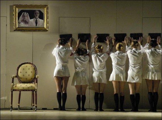 Фото з вистави «Ромео і Джульєтта» Жолдака