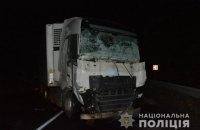 Трое людей погибли на Закарпатье из-за столкновения микроавтобуса и грузовика