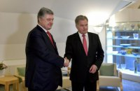 Порошенко обговорив з президентом Фінляндії звільнення українських політв'язнів у РФ