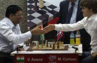 Шахматы. Карлсен дожал Ананда в пятой партии