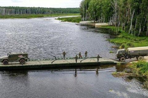 В России во время военных учений обрушился железнодорожный мост