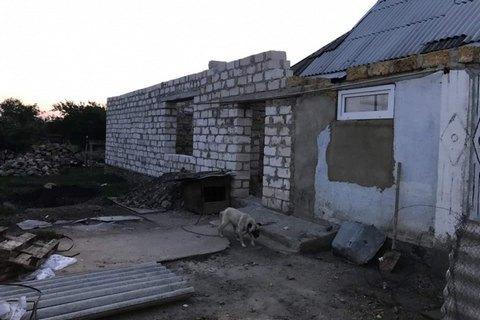 В Одеській області багатодітна мати поклала новонароджену дитину в пакет і викинула