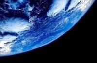 """На орбіту Землі планують запустити  корабель, що прибиратиме сміття """"руками-щипцями"""""""