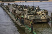 Росія планує провести в окупованому Криму навчання з 50 літаками і 10 кораблями