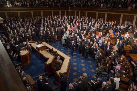 Конгресс США утвердил бюджет с $300 млн для Украины