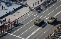 Порошенко поручил Кабмину провести военный парад в День независимости