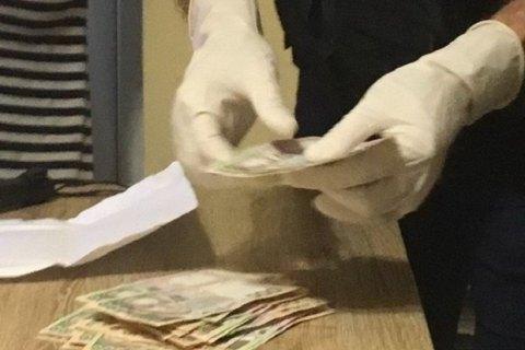 Чиновник Киевской областной ОГА потратил деньги для переселенцев на частное жилье, - НАБУ