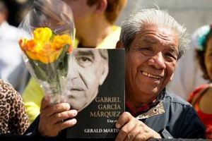 Мексиканці провели Маркеса в останню путь тисячами паперових метеликів