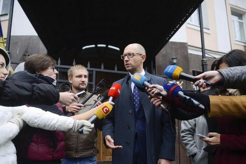 Допрос Яценюка в ГПУ продлился пять часов