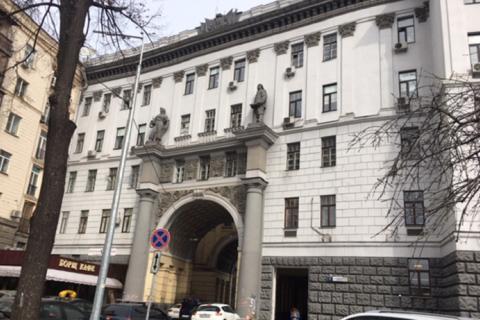"""Колишній офіс банку """"Хрещатик"""" у центрі Києва продали за 425 млн гривень"""